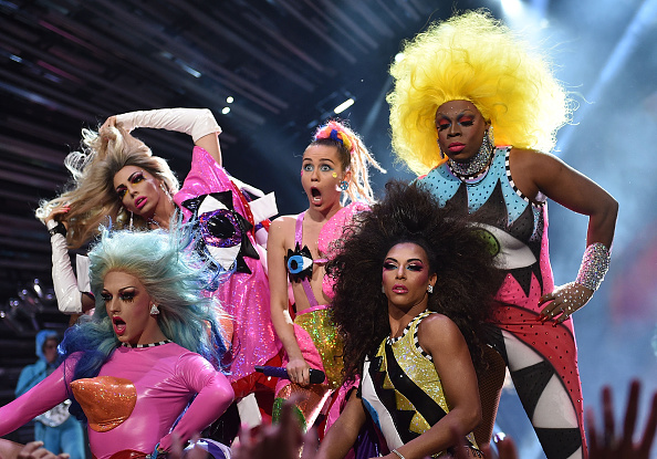 LOS ANGELES, CA - AUGUST 30:  Host Miley Cyrus, styled by Simone Harouche, performs onstage during the 2015 MTV Video Music Awards at Microsoft Theater on August 30, 2015 in Los Angeles, California.  (Photo by John Shearer/Getty Images)